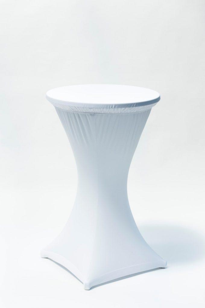 Stand by stôl s bielym strečovým návlekom