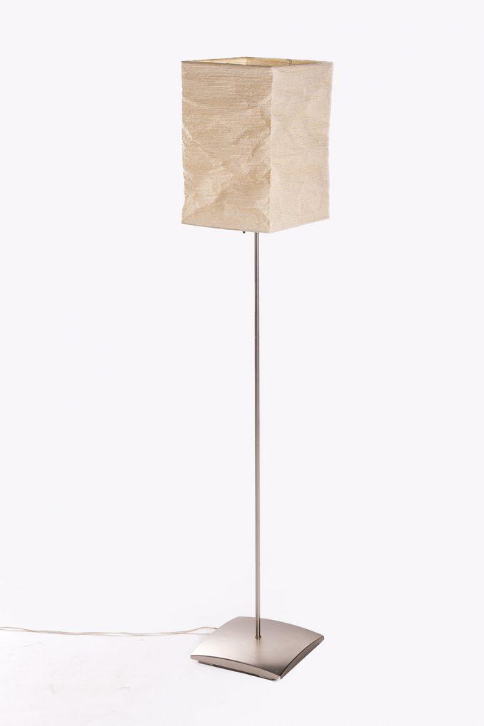 Stojanová lampa, vysoká