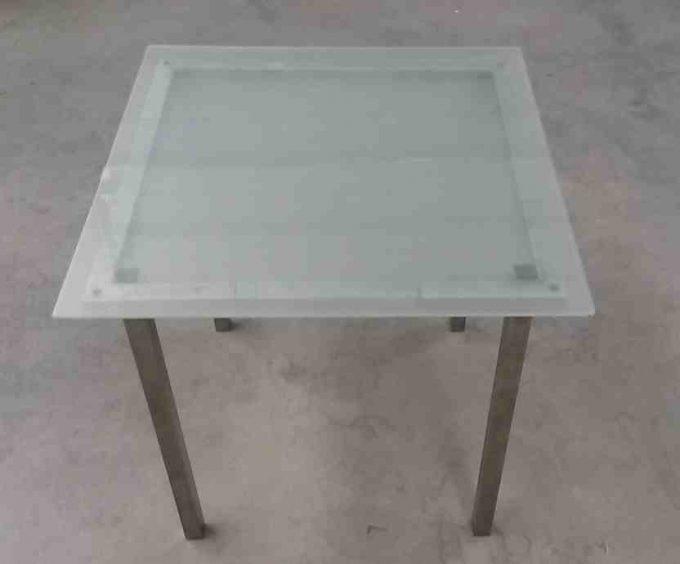 Stôl sklenený, rozmer 75 x 75 cm